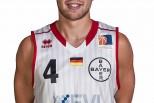 """Bayer Giants Leverkusen Spieler Kai Behrmann mit dem """"Game Winner"""" gegen die Giessen 46ers"""