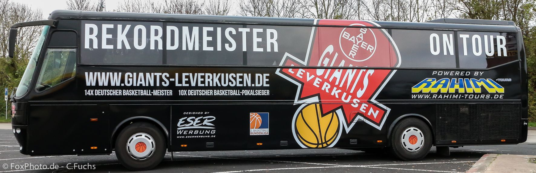 Neuer Mannschaftsbus für Leverkusen