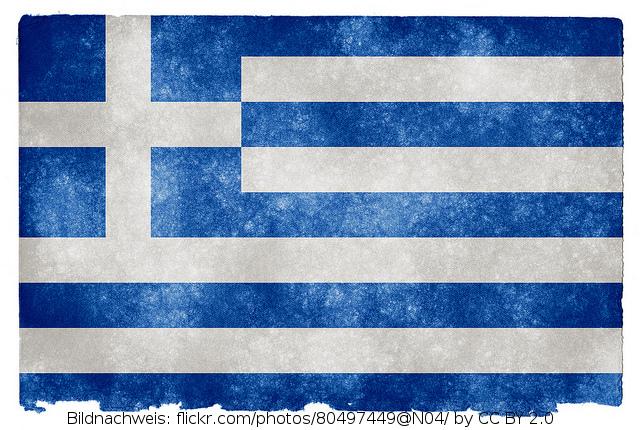 12 Mann Kader der Griechen steht