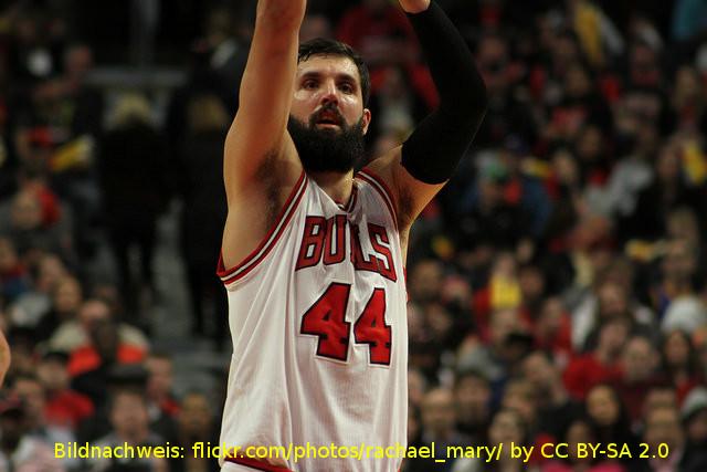 Chicago Bulls halten an Nikola Mirotic fest