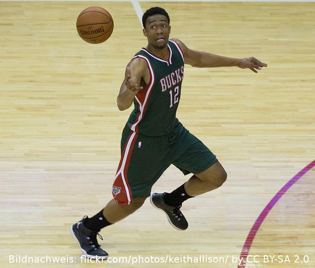 NBA Preseason: Parker prallt mit Kopf an den Ring