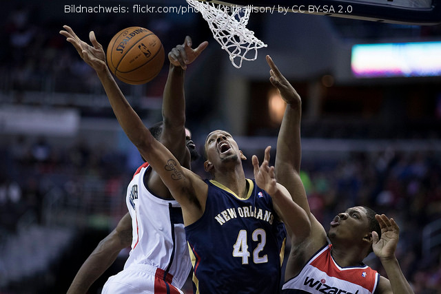 Zwei BigMan für Pelicans