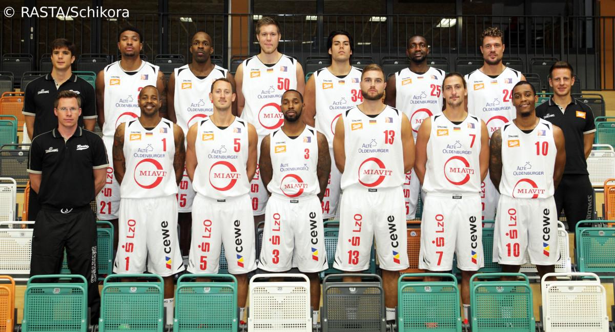 RASTA Vechta Fans unterstützen ihr Team in Köln