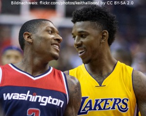 Washington Wizards Bradley Beal - Los Angeles Lakers Nick Young