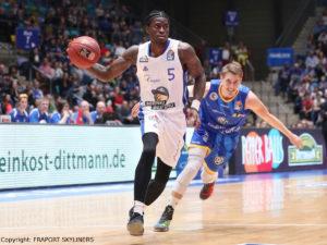 FRAPORT SKYLINERS vs Basketball Löwen Braunschweig - AJ English