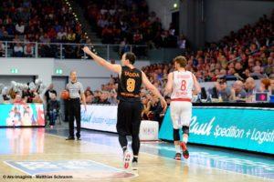 DE - Brose Bamberg vs. ratiopharm ulm - Action - Karsten Tadda