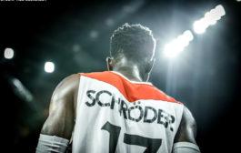 Dennis Schröder feiert Deutsche Meisterschaft
