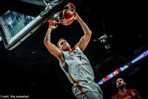 EuroBasket 2017 - Action - Deutschland - Johannes Voigtmann Dunk