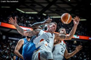 Eurobasket 2017 - Action - Deutschland - Daniel Theis mit Einsatz