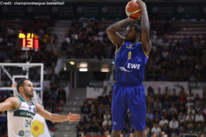 Champions League - EWE Baskets Oldenburg - Wurf Bryon Allen