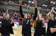 Nürnberg gewinnt erstes Finalspiel